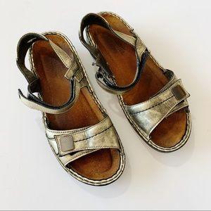 NAOT Comfort Sandals Gold Burnished Metallic EU 38